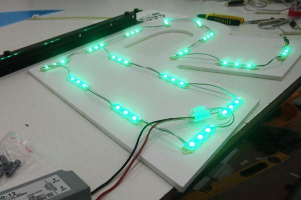Litery 3D podświetlane LED Warszawa producent