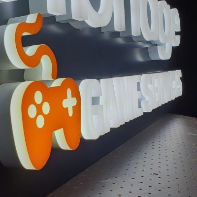 Logo podświetlane diodami LED