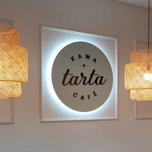 Podświetlane logo przestrzenne z efektem halo